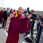 His-Holiness-the-Dalai-Lama-meets-with-members-of-the-media-at-Maribor-airport